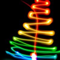 Albero di natale di luci colorate