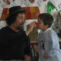 Massimiliano Maiucchi, clown raccontastorie appassionato di filastrocche