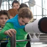 Telescopio: quanto impiega la luce ad arrivare sulla Luna?