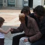 Marionetta e bambina