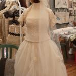 Vestito da sposa tessuto e fatto a mano