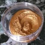 Colore oro in crema