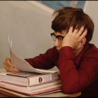 Bambino studia