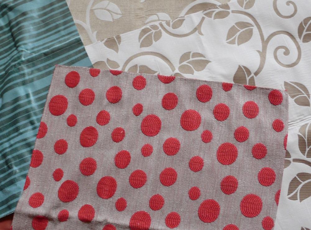 C 39 era una volta un futon ora ho dei cuscini fai da te nuovi for Scampoli tessuti arredamento