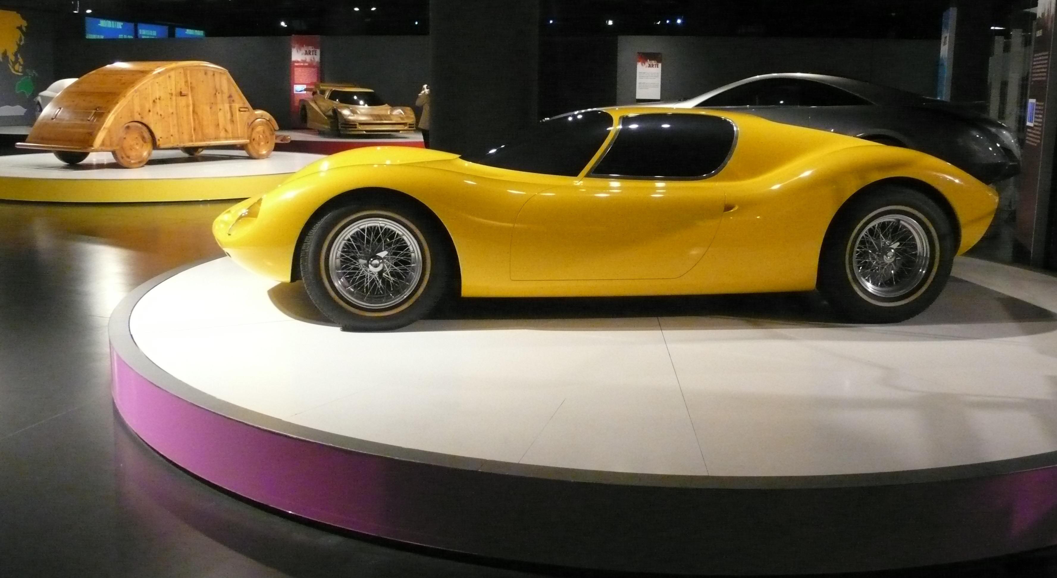 piano-terra-museo-auto-torino