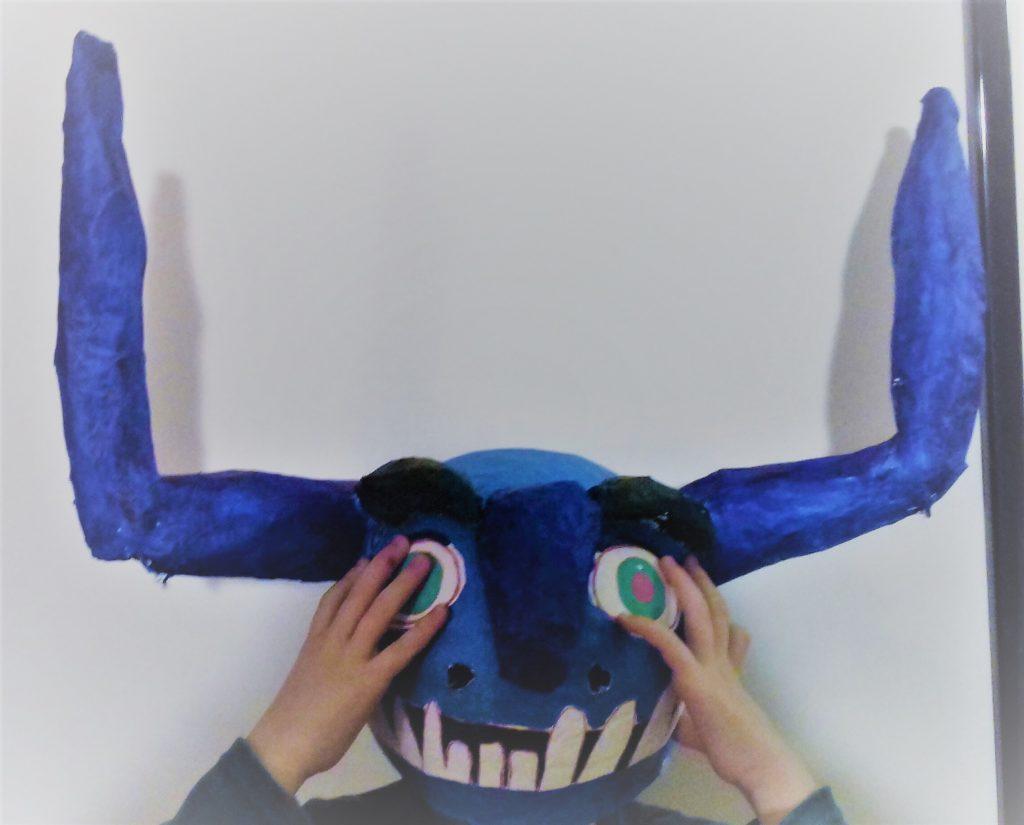 Trollhunter Per Un Giorno Con La Maschera Di Carnevale